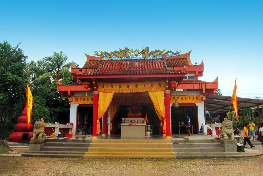 San Jao Bun Tao Gong Temple in Khuk Khak