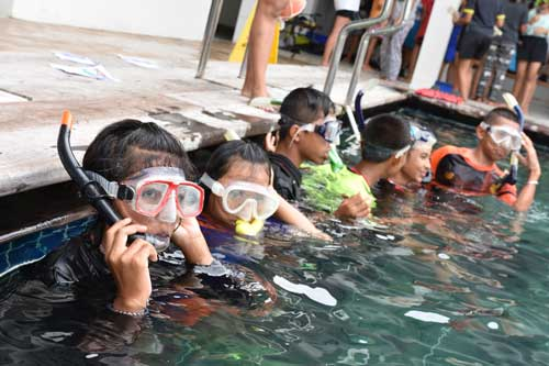 Earthraging Snorkeling lessons in Khao Lak